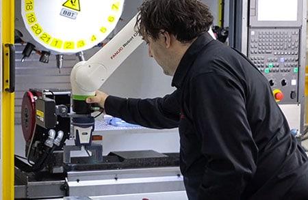 Collaborative Robot Machine Tending